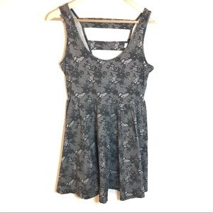 Hot Topic Gray Floral Patterned Dress